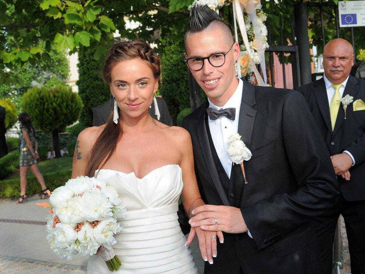 foto hamš237k sa oženil s kr225snou martinkou nech253bal