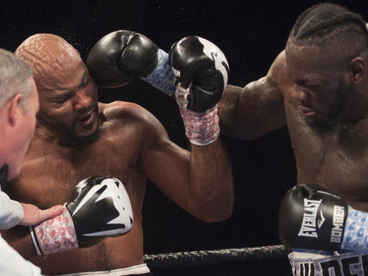 Deontay Wilder a Gerald Washington