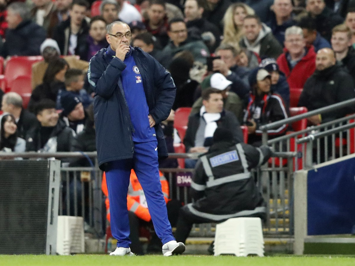 """Maurizio Sarri """"title ="""" Maurizio Sarri """"class ="""" main """"height ="""" 223 """"/><figcaption> LONDON Saturday's Premier League Chelsea London 3: 1, with that home team coach Maurizio Sarri is the first to be defeated on the Blues bank series, with only Manchester City and Liverpool in the league [19659004]. Gallery</h3><p> <a name="""