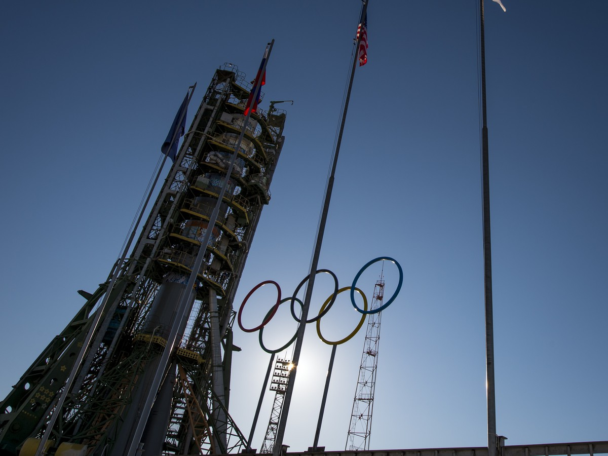 Rusi už nevedia, čo vymyslieť: olympijskú pochodeň vynesú do