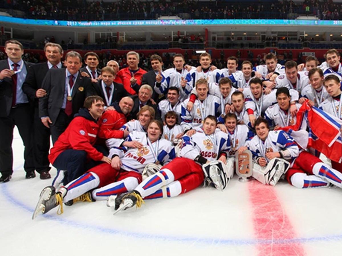 Ruská dvadsiatka vybojovala na ms v 11-gólovom súboji bronz