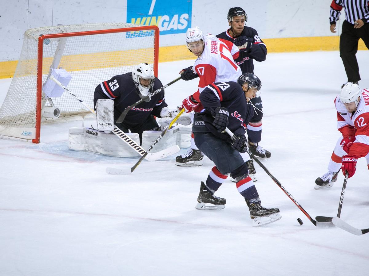 FOTO Nové posily sa osvedčili: Hokejový Slovan slávi prvé tohtosezónne víťazstvo!