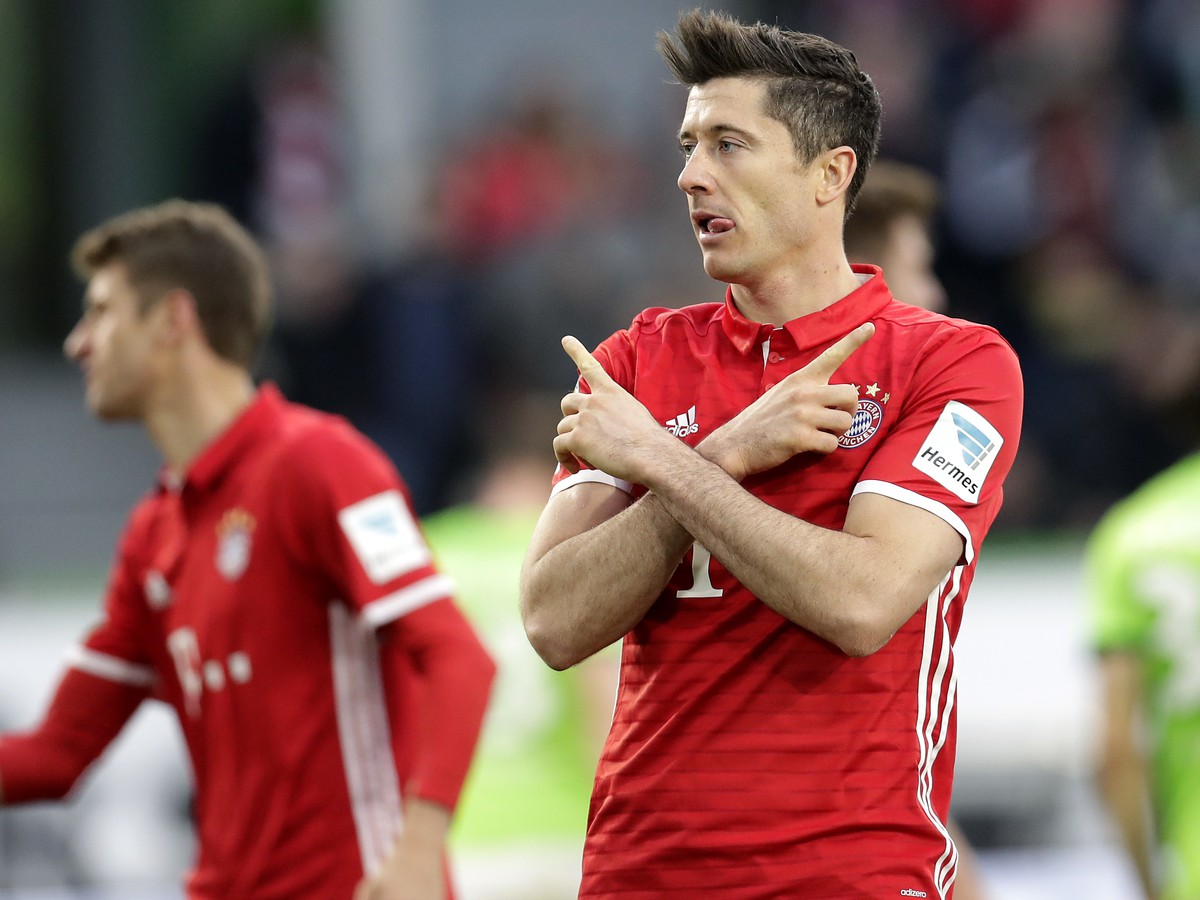 VIDEO Bayern oslavuje piaty titul v rade: Dortmund aj Lipsko zaváhali
