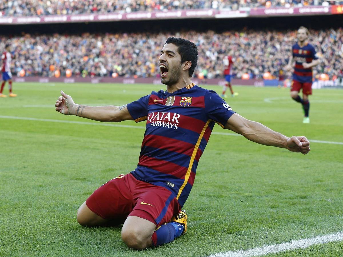 Suárezovi chýba atmosféra z Premier League: Po prestupe by si obliekol iba jediný dres