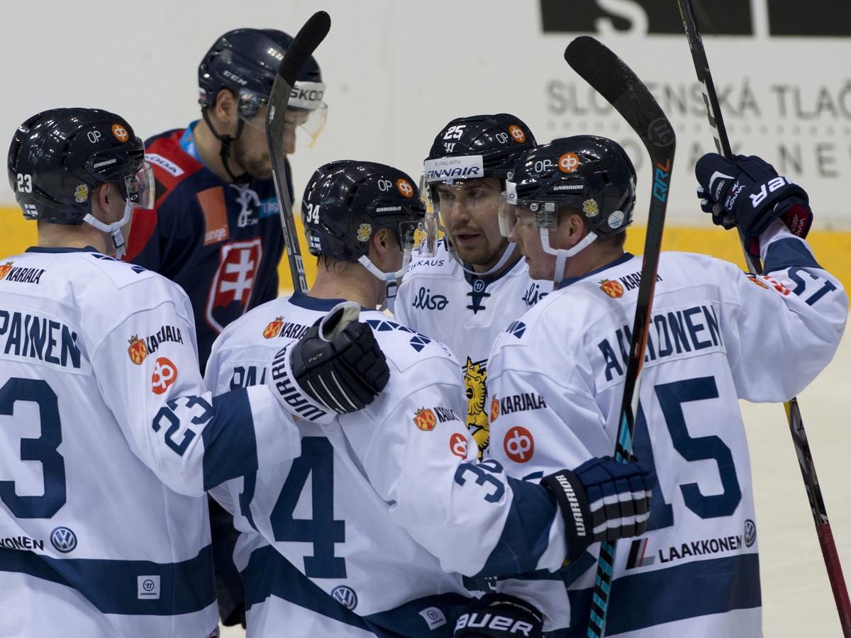Fínom stačil na zdolanie Ruska jediný gól, Česi si poradili so Švédskom