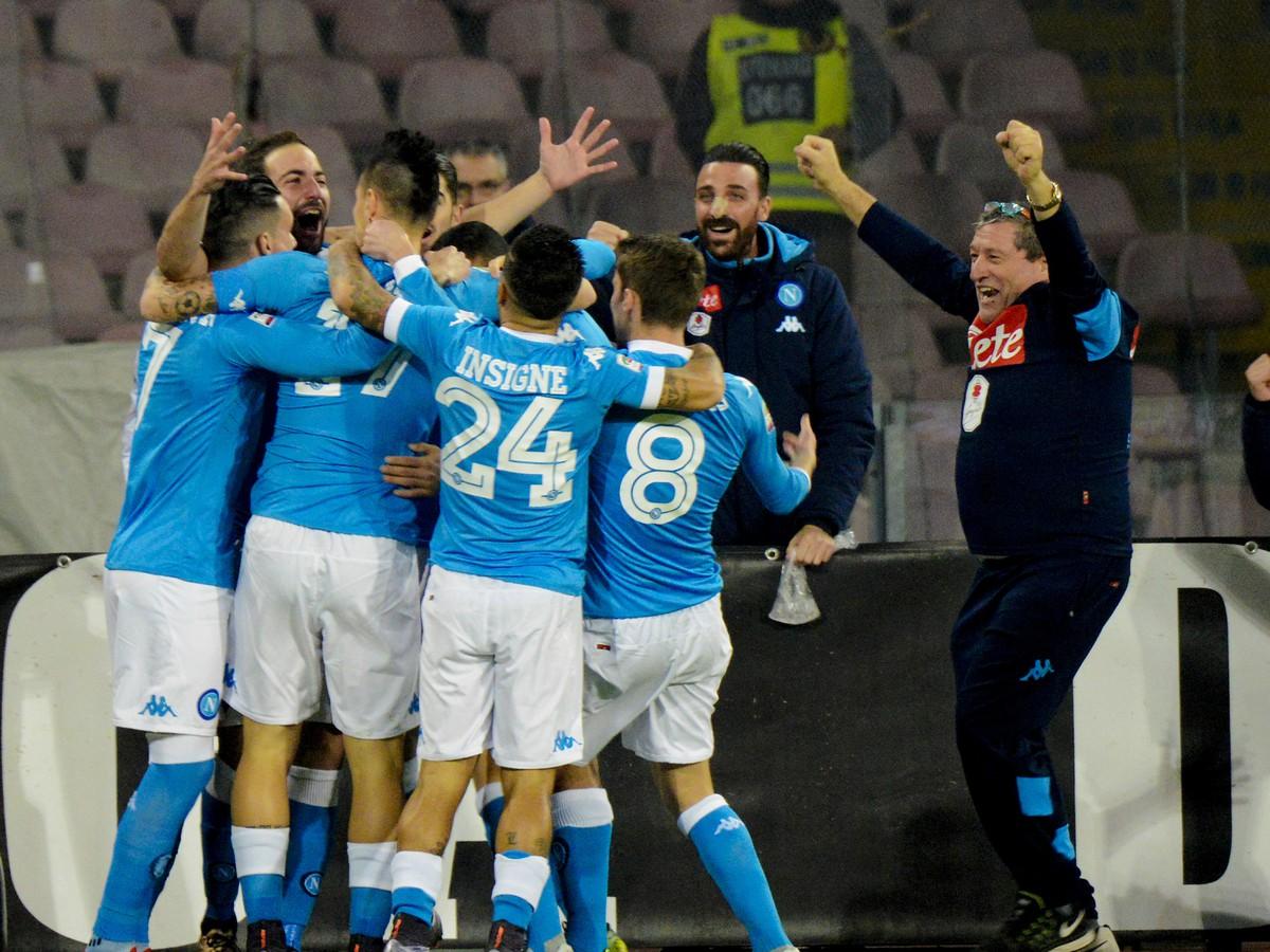 VIDEO Neapol s Hamšíkom kraľuje talianskej Serii A: Higuaín hrdinom šlágru s Interom