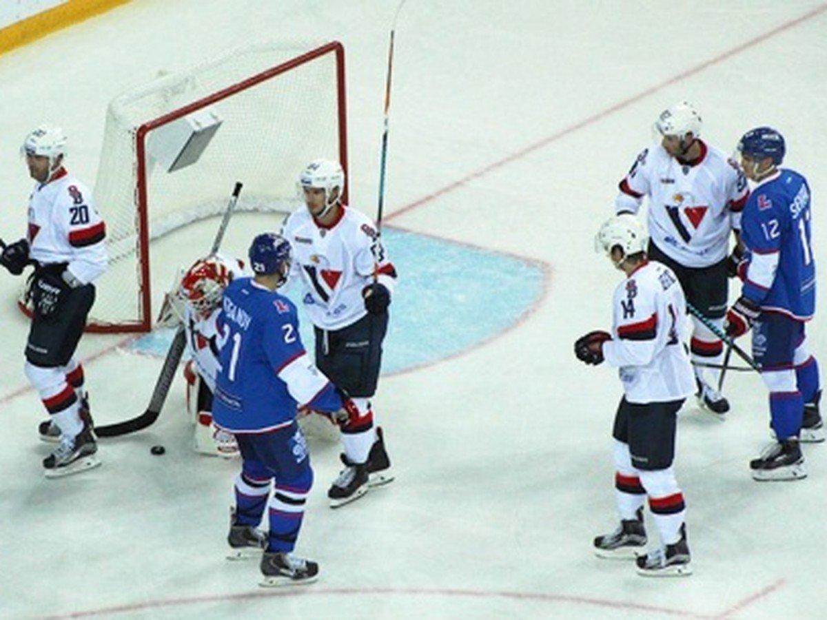 Hokejový Slovan vyšla bojovnosť draho: Okrem bodov prišiel o ďalšiu hviezdu