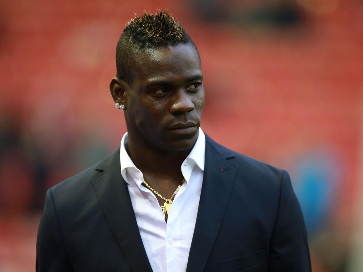 Liverpool sa zbavil Balotelliho: Problémový útočník smeruje zadarmo do Francúzska