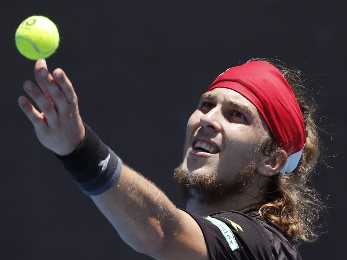 Slovákom sa v Paríži nedarilo: Lacko ani Martin si hlavnú súťaž na Roland Garros nezahrajú