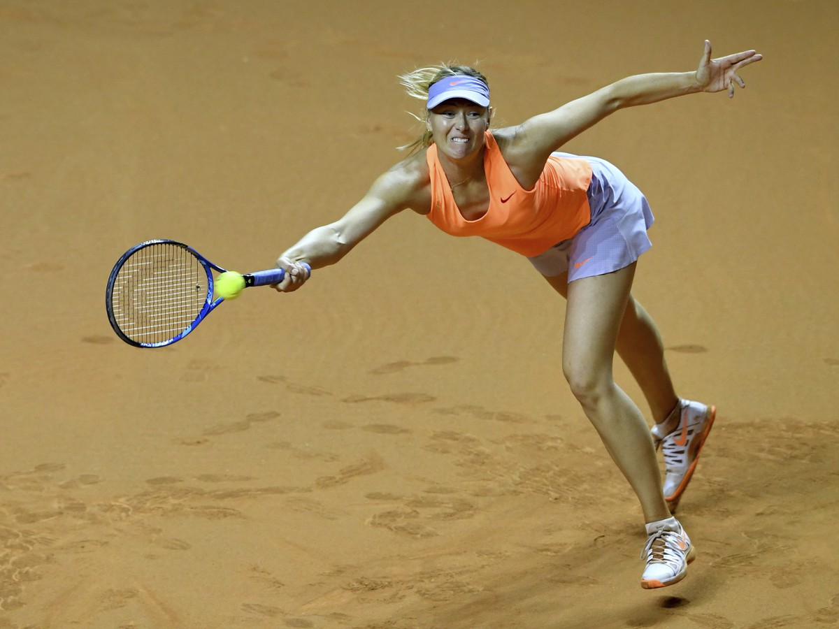 Šarapovová končí v Stuttgarte v semifinále: Nad jej sily Mladenovicová