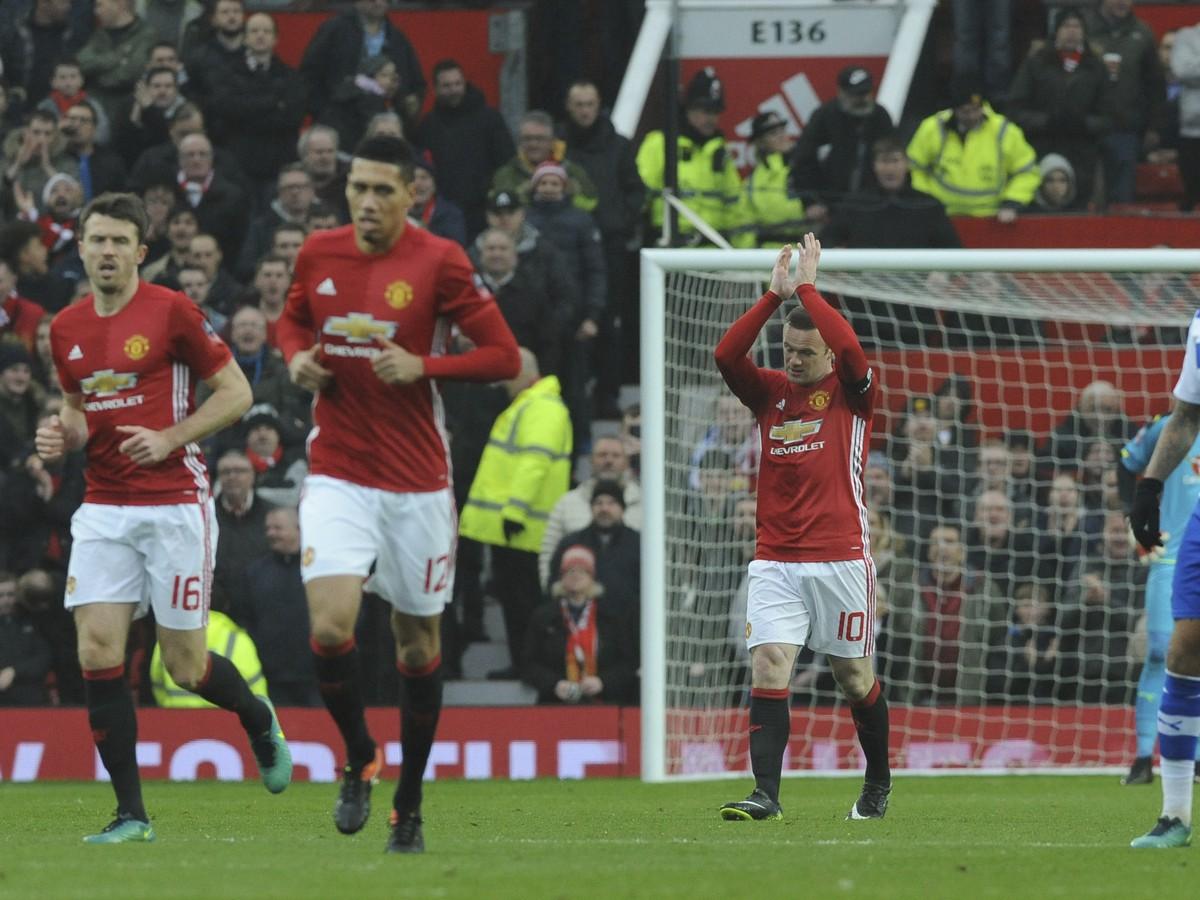Manchester United em um Cup Delay: Rooney igualou o recorde do clube de Charlton!