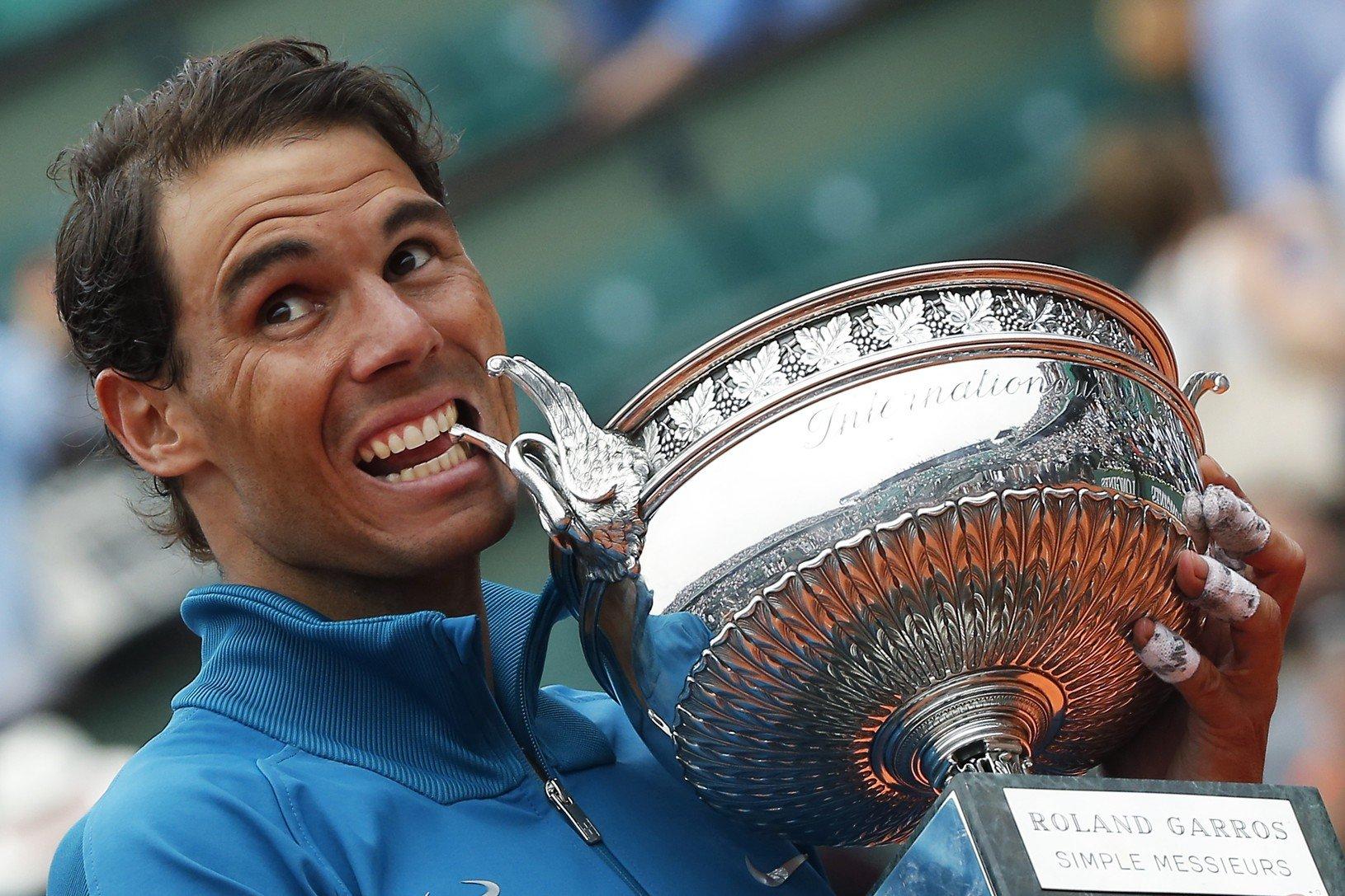 Rafael Nadal s trofejou