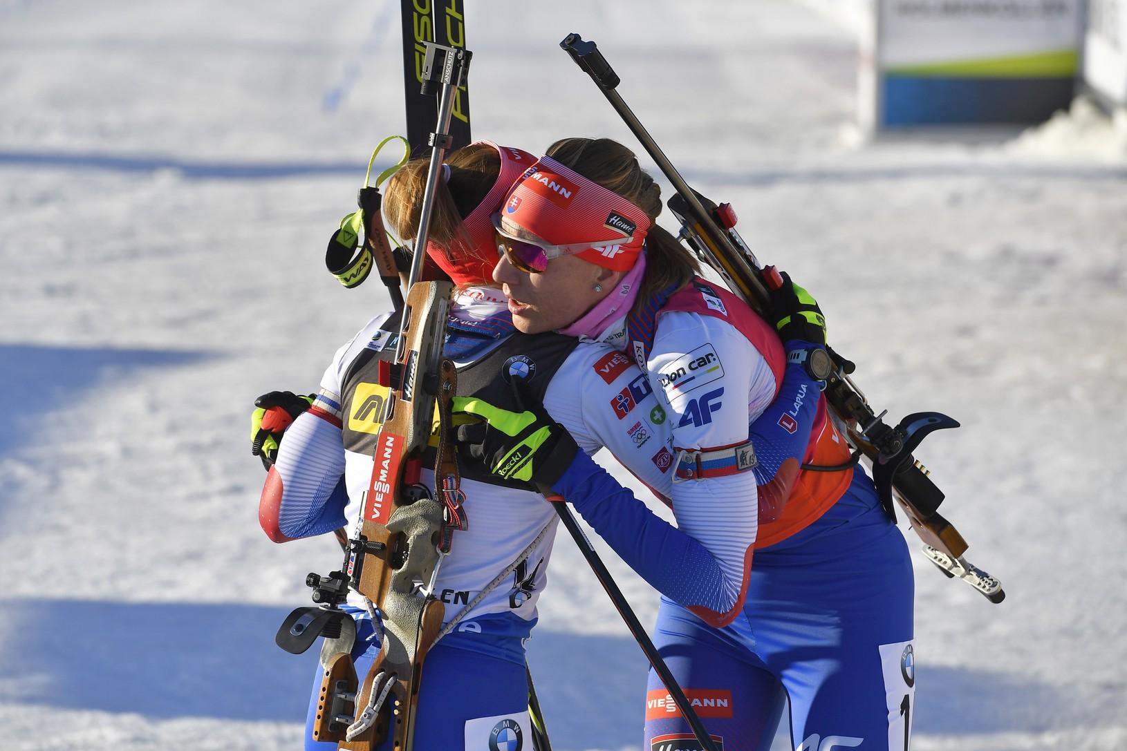 Slovenské biatlonistky Anastasia Kuzminová