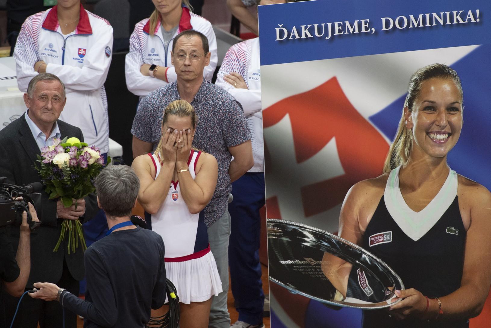 Dominika Cibulková so slzami