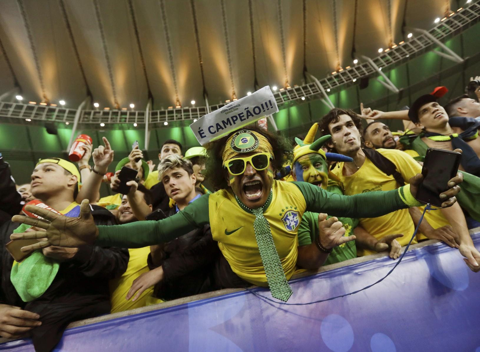 Brazílski fanúšikovia počas Copa