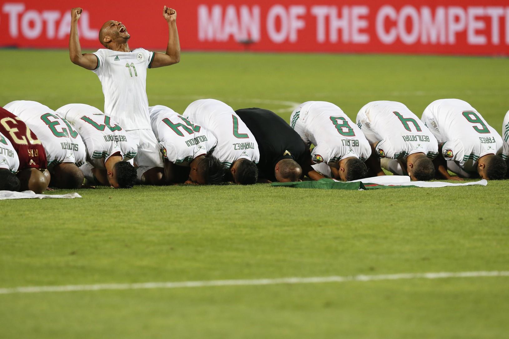 Futbalisti Alžírska sa stali