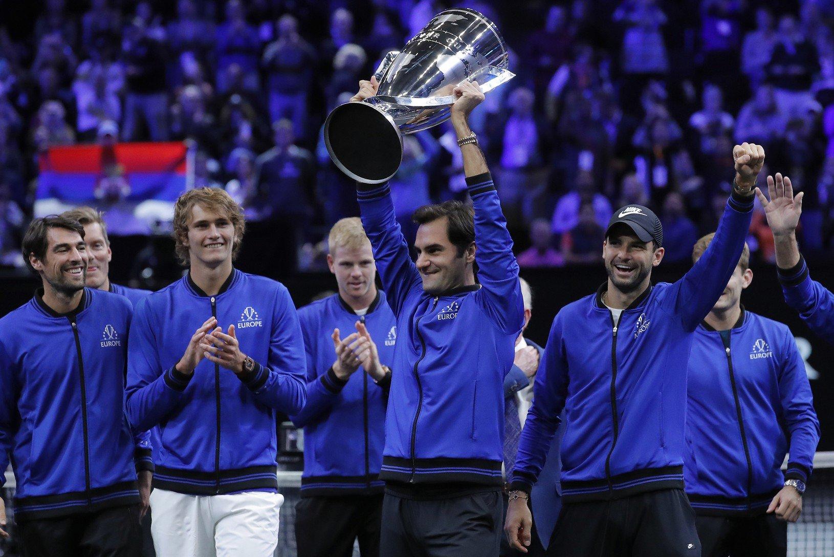 Tím Európy s trofejou