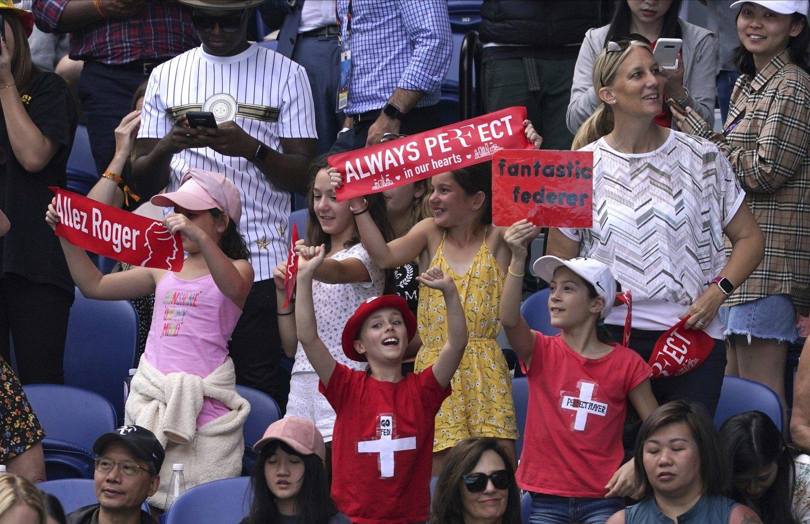 Federerovi fanúšikovia sú skrátka