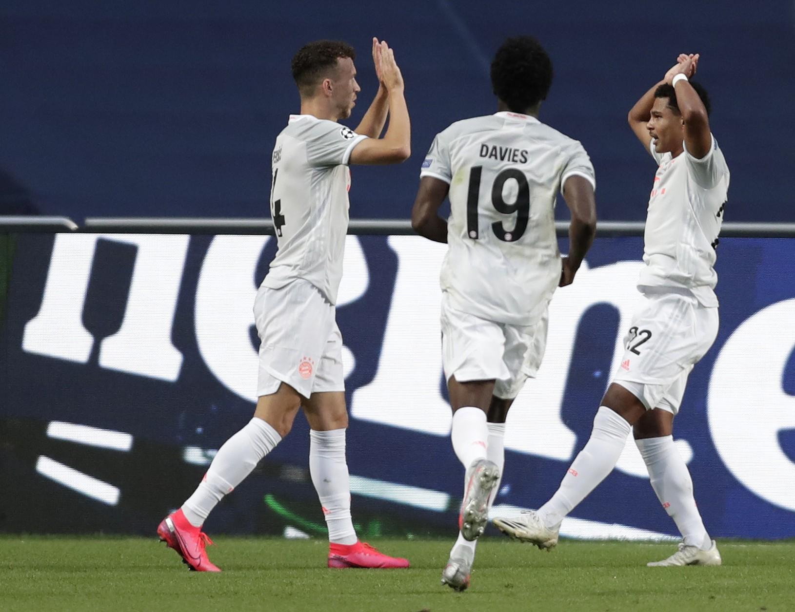 Ivan Perišič oslavuje gól