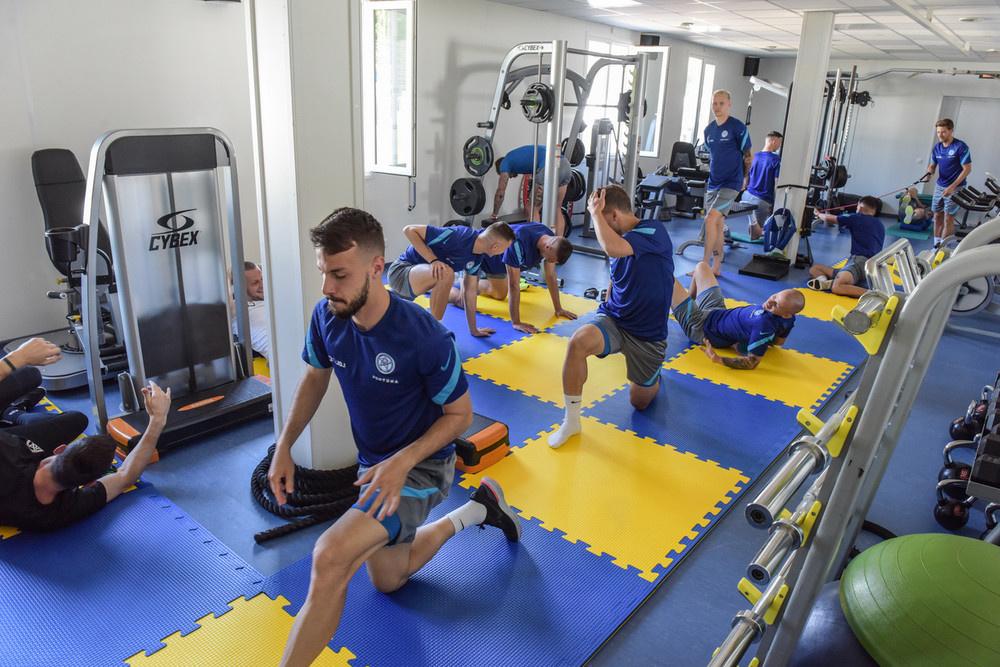 Slovenskí futbalisti počas tréningu