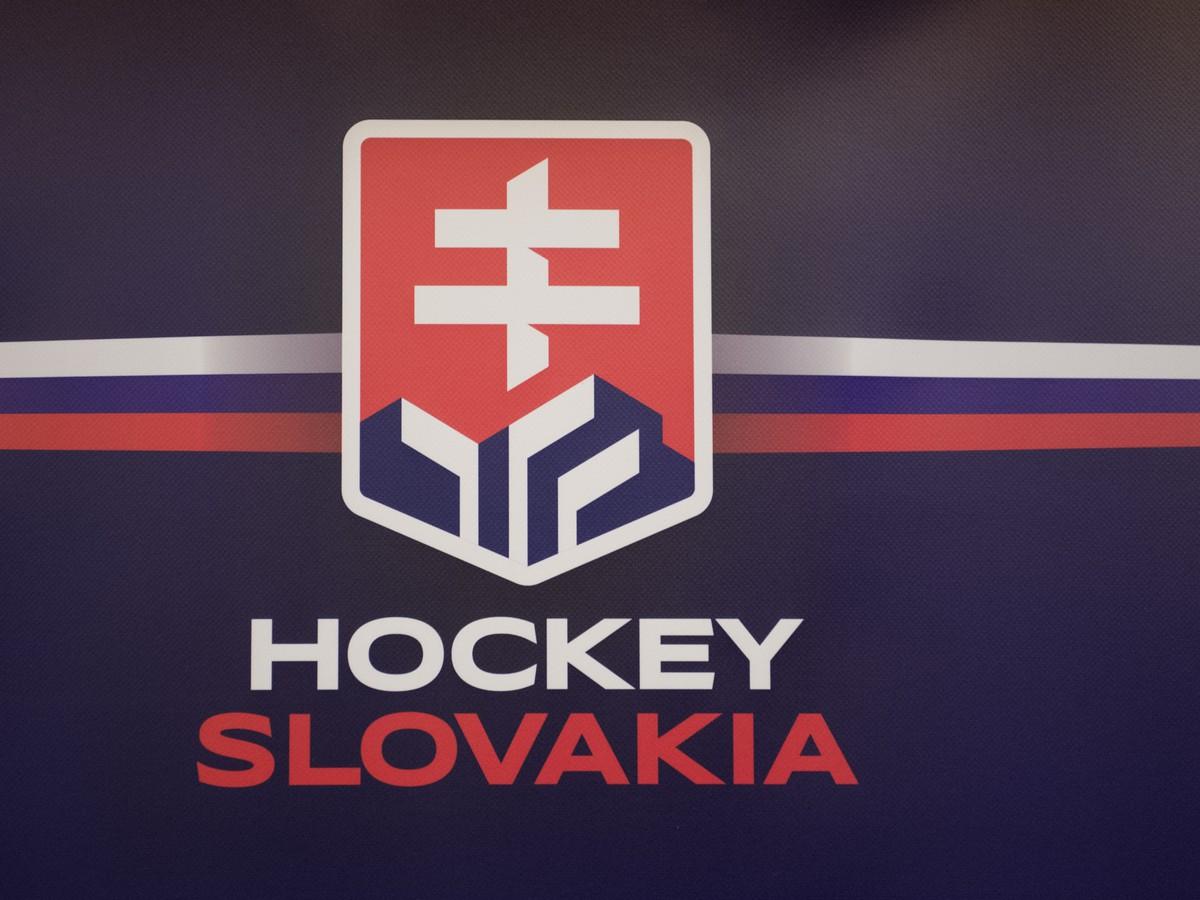 91808bccf11a4 Napätá situácia ohľadom nového loga: Slovenskí hokejisti môžu prísť ...