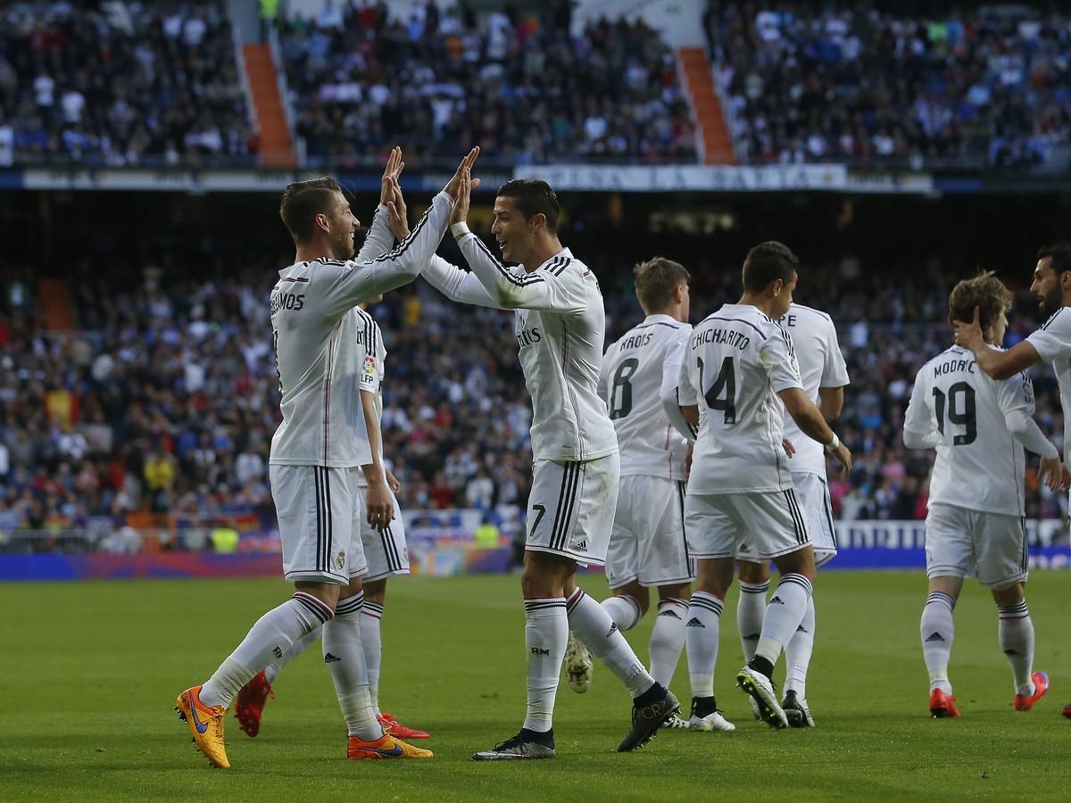 VIDEO Real s gólom aj penaltovým zaváhaním Ronalda: Messi v šlágri potiahol Barcu k triumfu