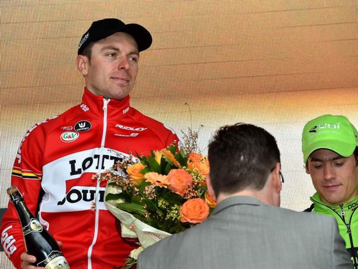 VIDEO Cyklisti sa modlia za kolegu: Boeckmans po páde na Vuelte v umelom spánku