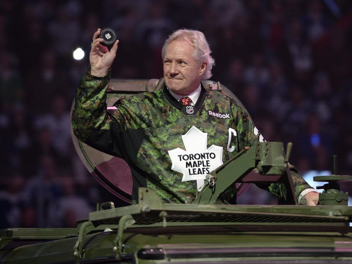 VIDEO Sám tomu nemôže uveriť: Šialený rekord NHL drží už viac ako 40 rokov!