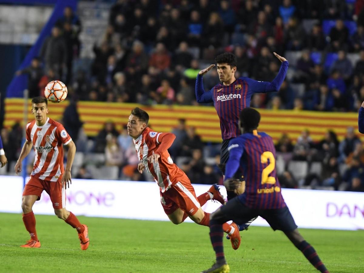 058b0b17f1704 VIDEO Barcelona Katalánsky superpohár nezískala, o triumfe Girony ...