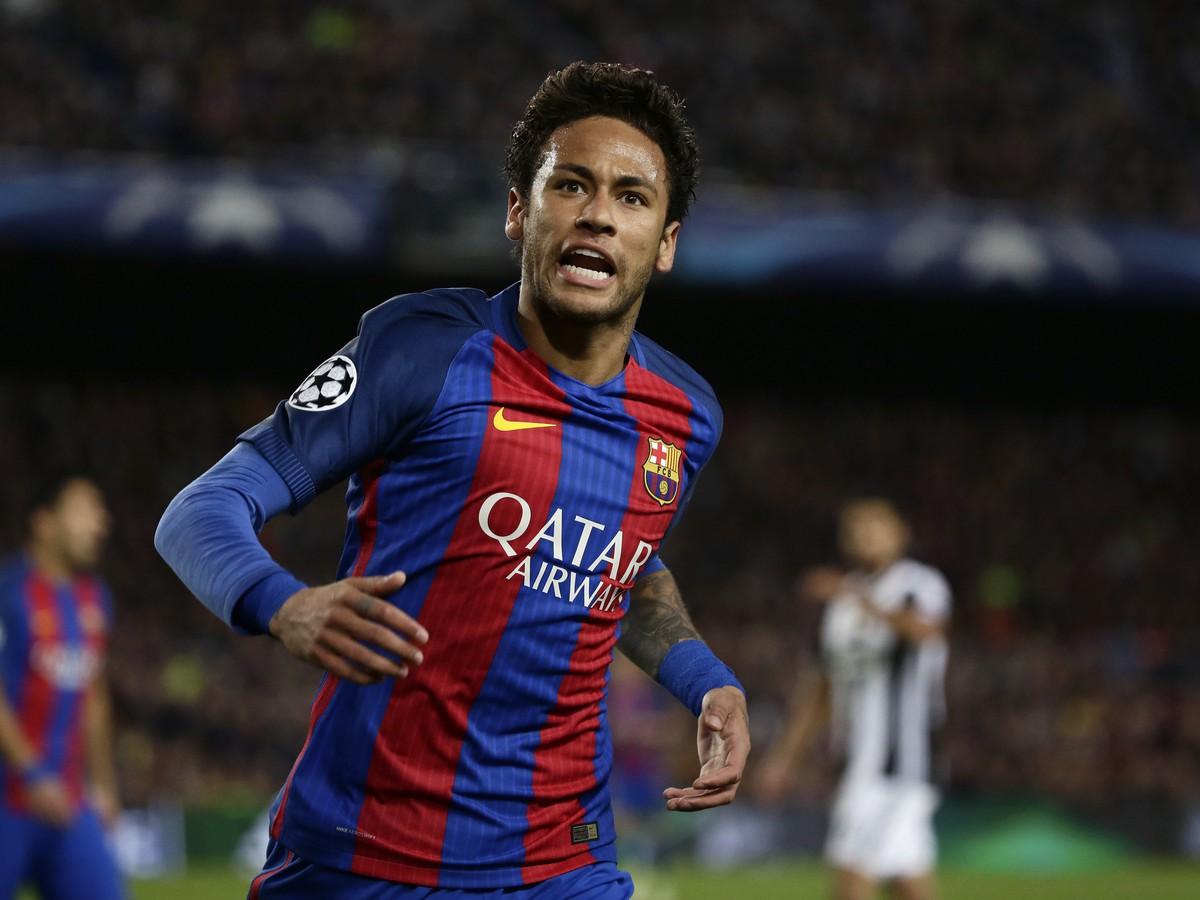 cc0bf4df01eed Schyľuje sa k najväčšej prestupovej bombe: Neymar sa už vraj dohodol ...