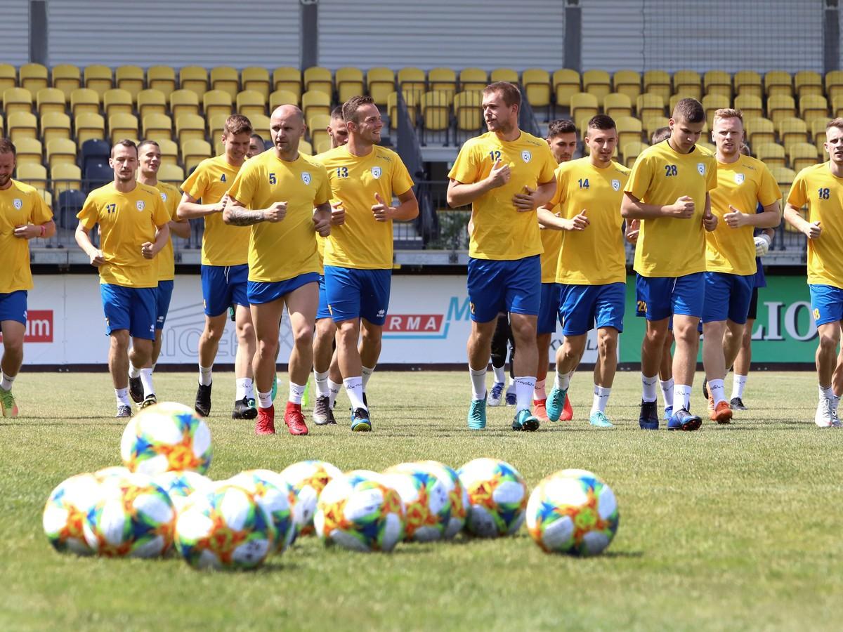 0ed8a15079 Futbalisti fortunaligového nováčika FK Pohronie Žiar nad Hronom Dolná Ždaňa