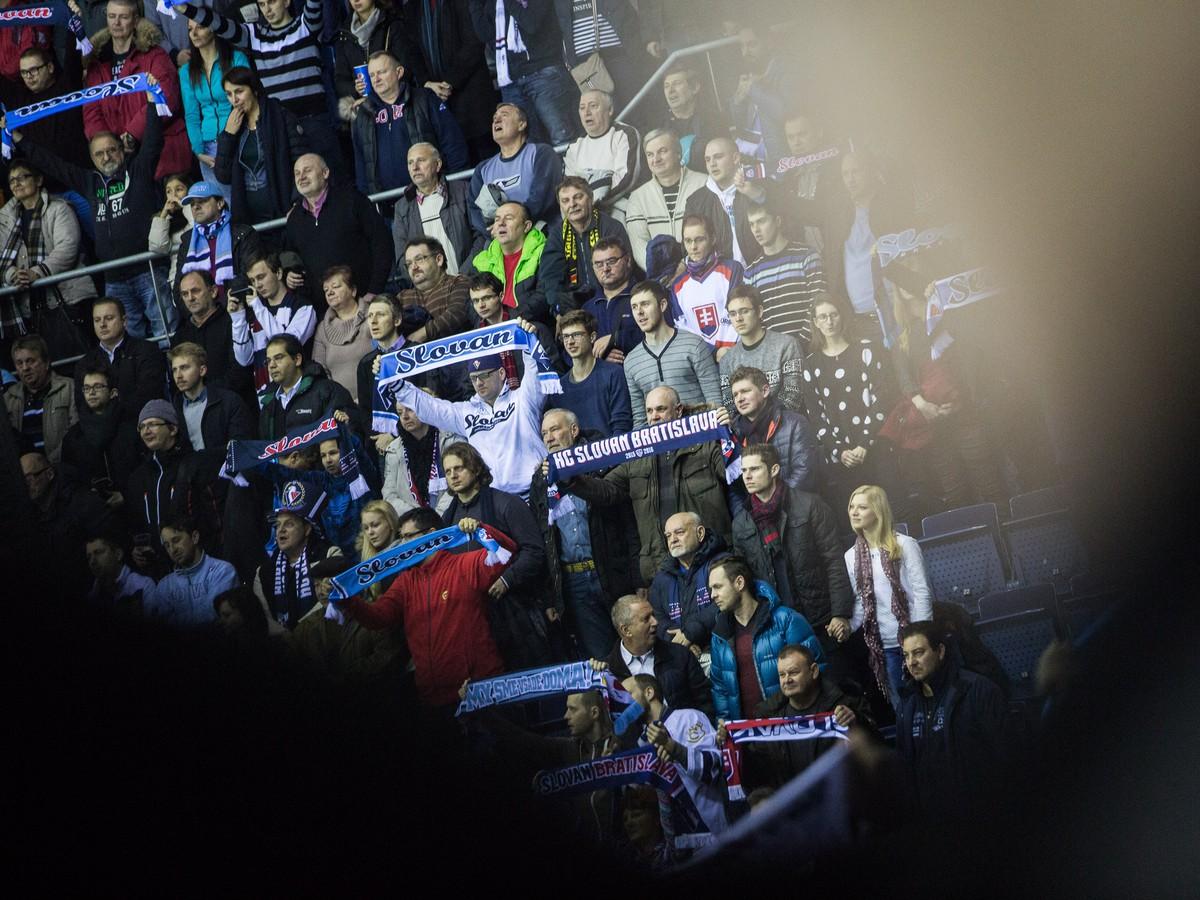 Eštebák a hanba, radosť z play off KHL dlho netrvala: Toto rozzúrilo fanúšikov Slovana!