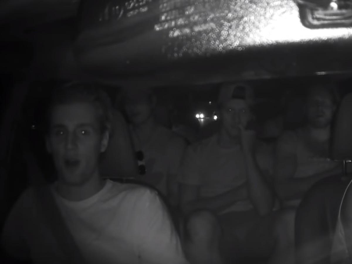 42c37b3cebc6e VIDEO Škandál v kanadskom tíme NHL: Hráči v taxíku poriadne naložili ...