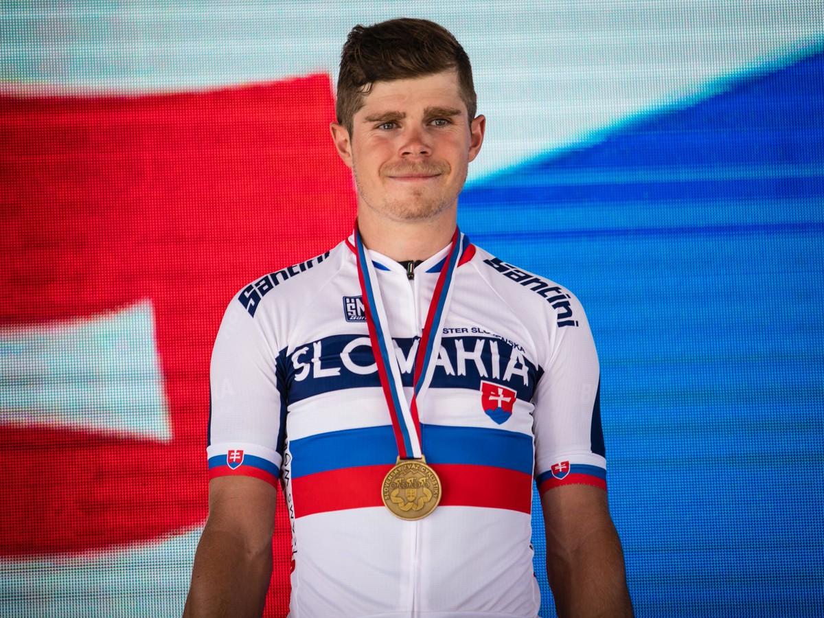 d44754bd94db7 Víťaz slovenskej časti pretekov v cestnej cyklistike kategória muži Elite  Juraj Sagan