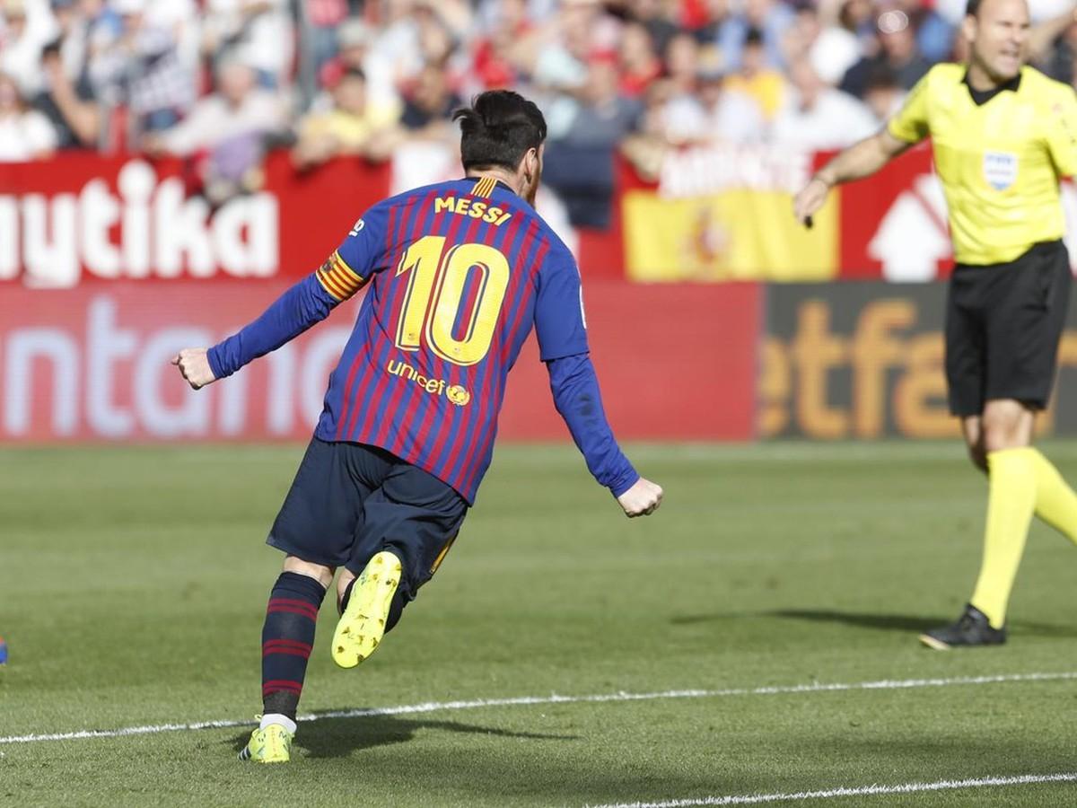 8efd9fbdfac48 VIDEO 1000 sôch by bolo primálo: Boh Messi zostúpil z nebies a ...