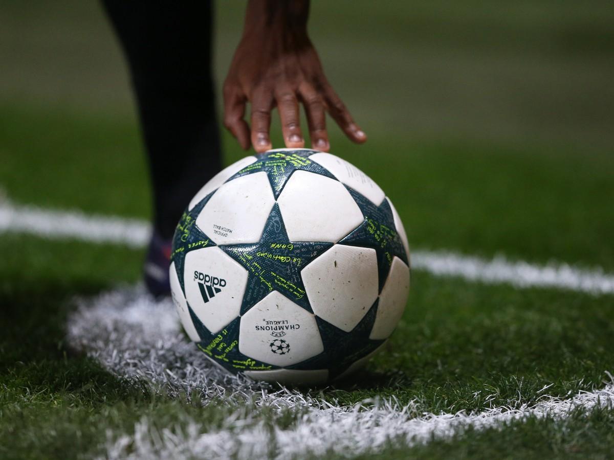 e1e9cf542b3e3 Osemčlenné skupiny v Lige majstrov? Kluby Premier League zmietli ...