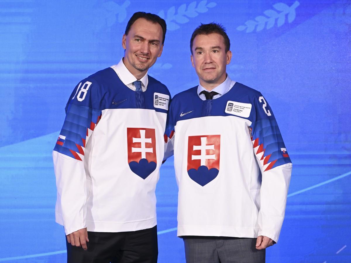 024f9b8b0 Na snímke bývalých útočníkov slovenskej hokejovej reprezentácie Miroslava  Šatana (vľavo) a Žigmunda Pálffyho (