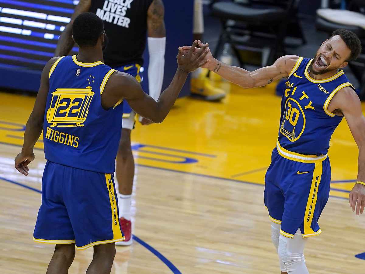 Stephen Curry opäť hrdinom Golden State Warriors