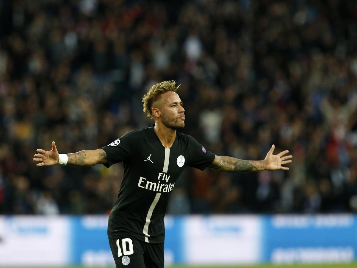 b6f7e9f0e6 Neymar si zavaril aj zranený a mimo ihriska  Nezahrá si v troch ...