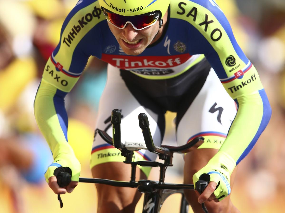 Contador bol Saganovi na príťaž: Je ťažké súťažiť o zelený dres a chrániť Alberta