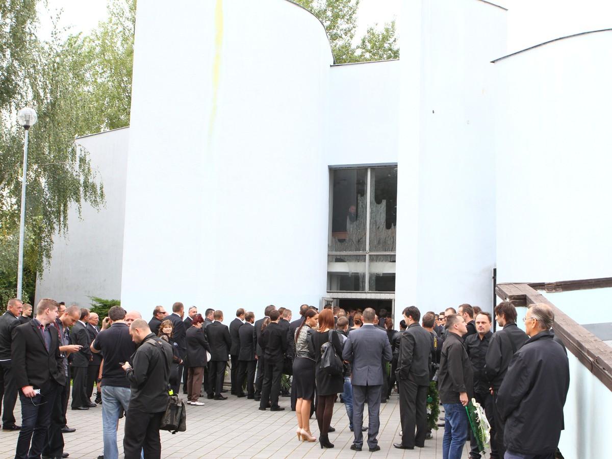Hlinkov pohreb poznačila tvrdá kritika exmanželky: Bez Mira by mala h*vno!