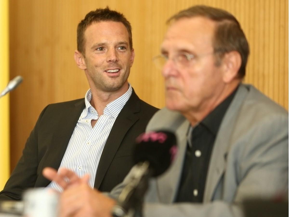 Zabávač Lintner sa pridal k Pálffymu: Toto je čierna budúcnosť hokeja na Slovensku