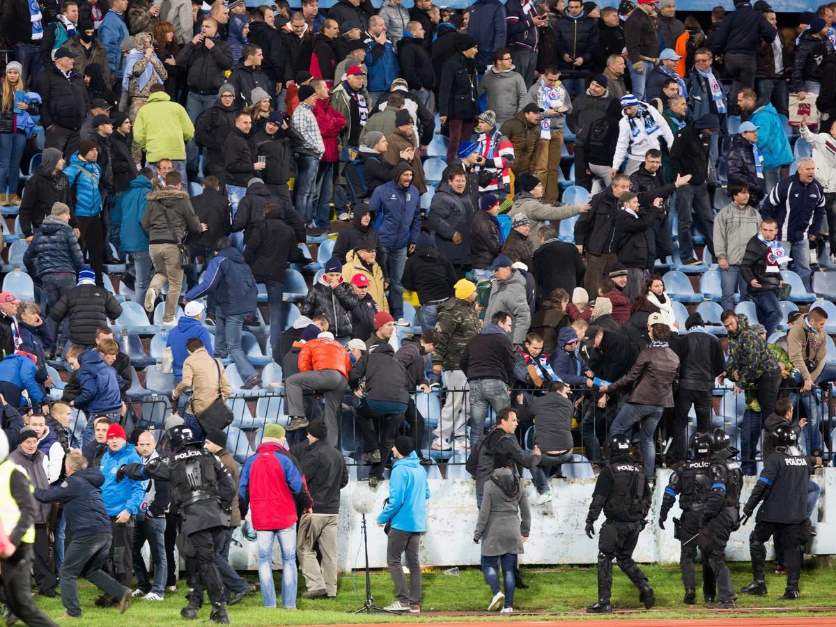 Slovan spoznal trest za masaker na Pasienkoch: Pražskú Spartu UEFA nešetrila!