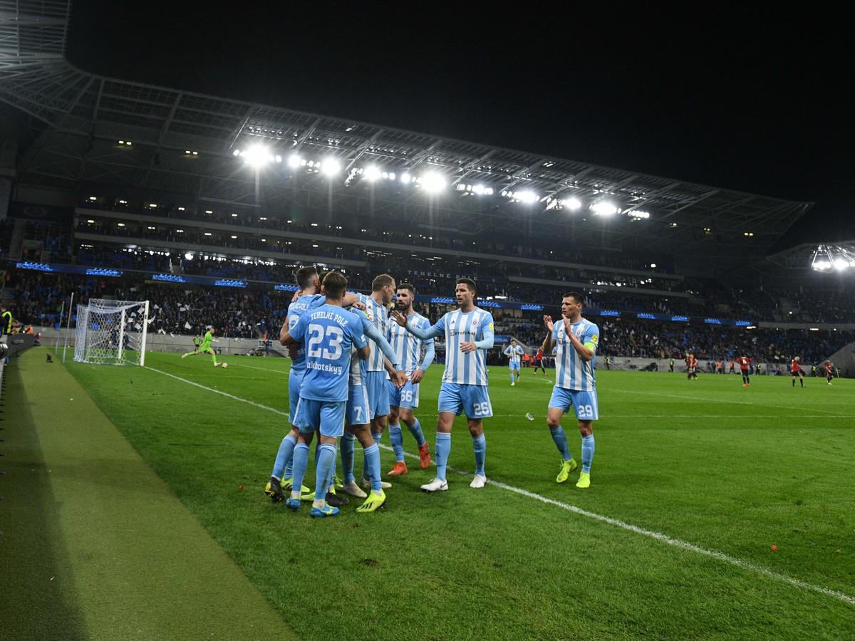 7c2858da1ae9c Problémy pre futbalový Slovan: Disciplinárka konanie, finančná ...