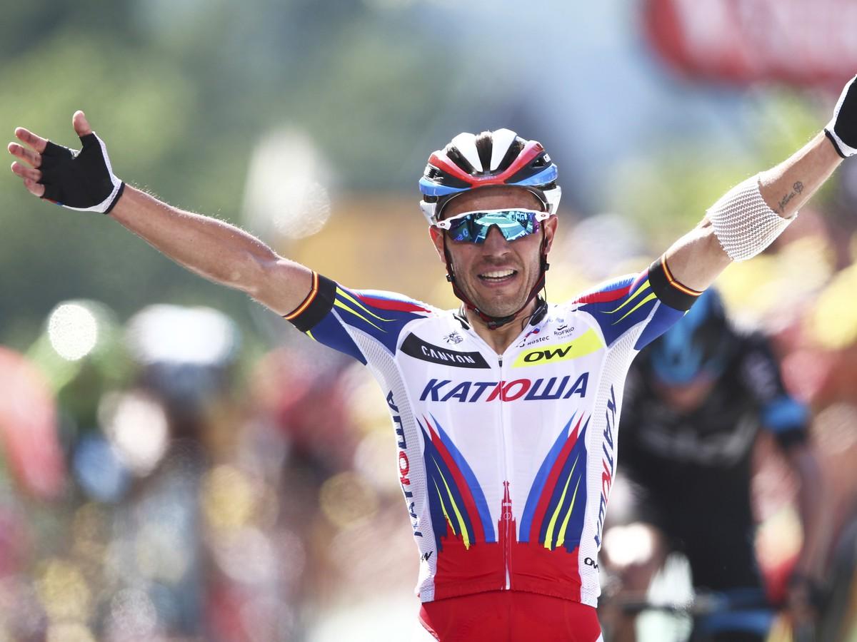 Tretia etapa priniesla hromadný pád a výmenu lídra: Sagan má biely dres!