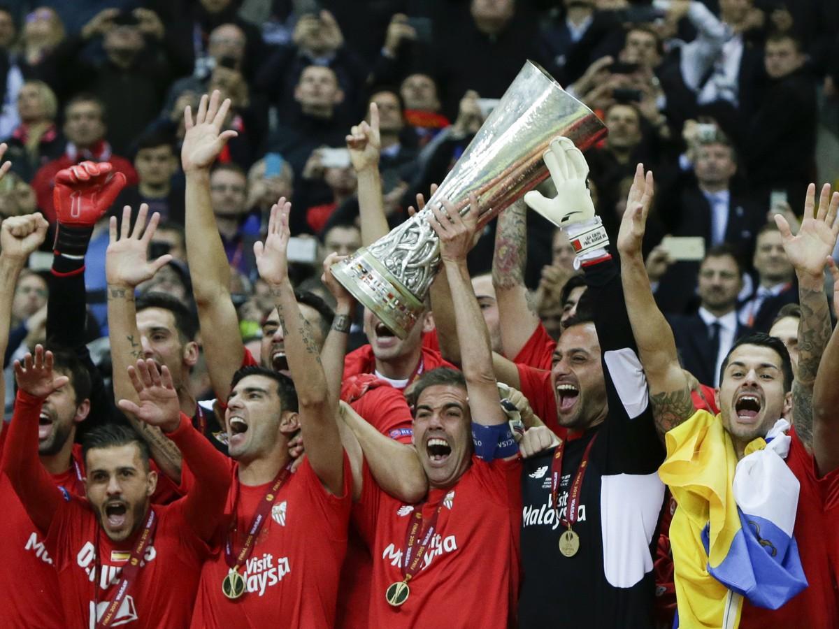 VIDEO Sevilla vo finále Európskej ligy dokráčala k obhajobe: Hrdinom večera Carlosa Bacca