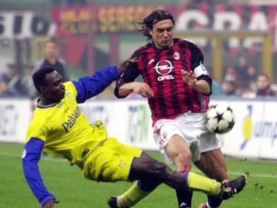 Paolo Maldini v súboji