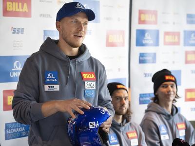 Na snímke slovenskí reprezentanti v lyžovaní a bratia Žampovci, zľava Adam, Andreas a Teo počas tlačovej konferencie pred začiatkom zimnej sezóny