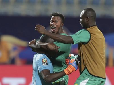Futbalisti Senegalu oslavujú postup