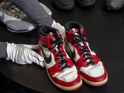 Legendárne tenisky Air Jordan 1 z prvej sezóny Michaela Jordana v NBA